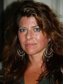 220px-Naomi_Wolf_at_the_Brooklyn_Book_Festival
